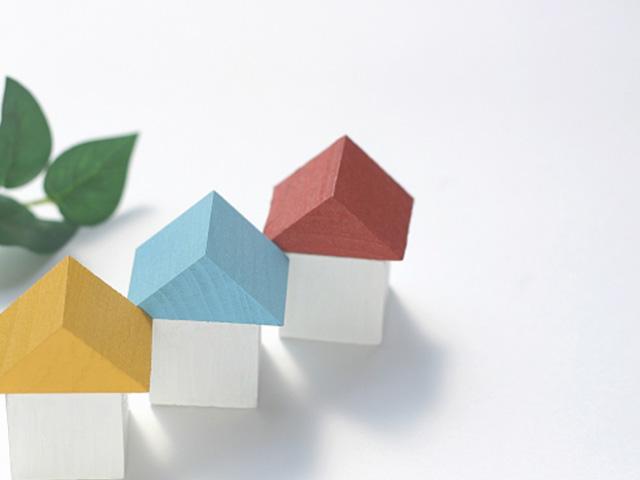 赤青黄の家の模型